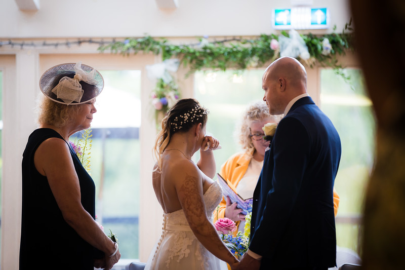 Sam_and_Louisa_wedding_great_hallingbury_manor_hotel_ben_savell_photography-0068.jpg