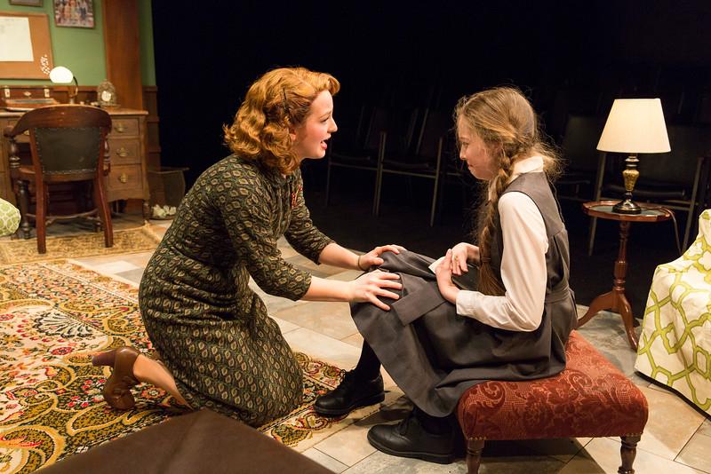 Emily Walton and Alexa Shae Niziak in WOMEN WITHOUT MEN by Hazel Ellis. Photo: Richard Termine.