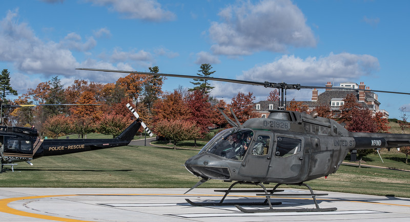 HelicoptersX2-0772.jpg