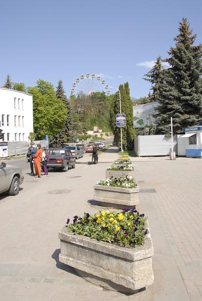 080428 0705 Russia - Kislovodsk - Mountain Hike with Inna and Olga _E _I ~E ~L.JPG
