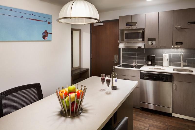 53-Suite Kitchen-HH Frisco.jpg