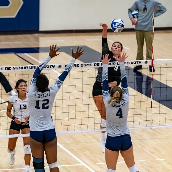 HPU vs NDNU Volleyball-72155.jpg