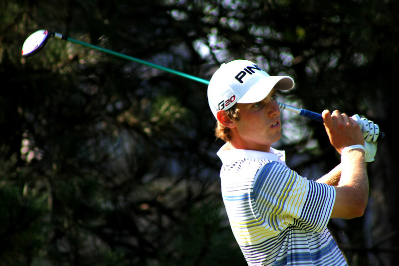 Round one co-leader Chris Williams, 20, of Moscow, Idaho, tees off the 14th hole in the second round Wednesday.
