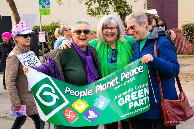 _W5A0266c Pam & Green Pty friends ©Sandy Morris.jpg