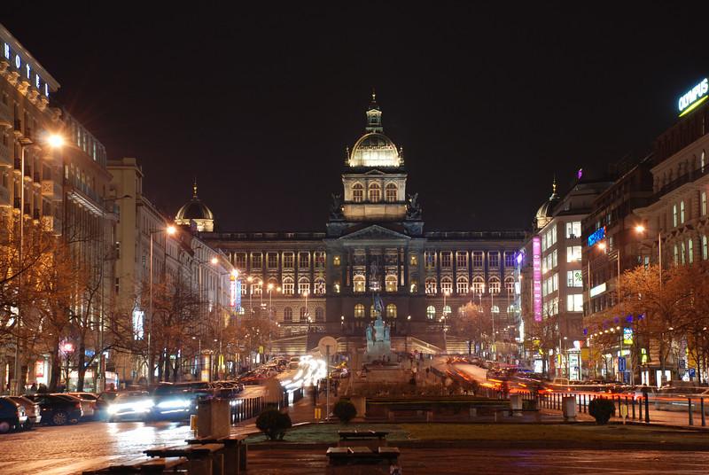 Good King Winselas Square at Night 7.JPG
