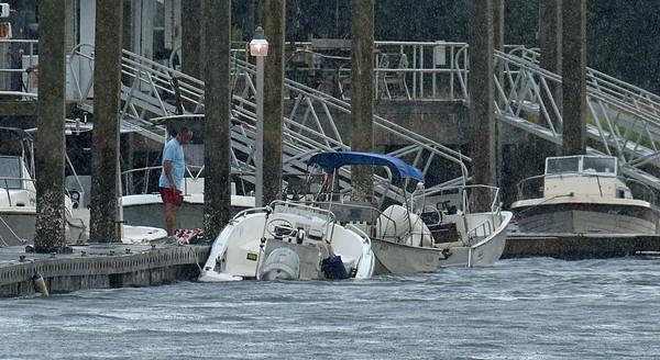 Boat sinking at St. Simons Marina 07-17-19