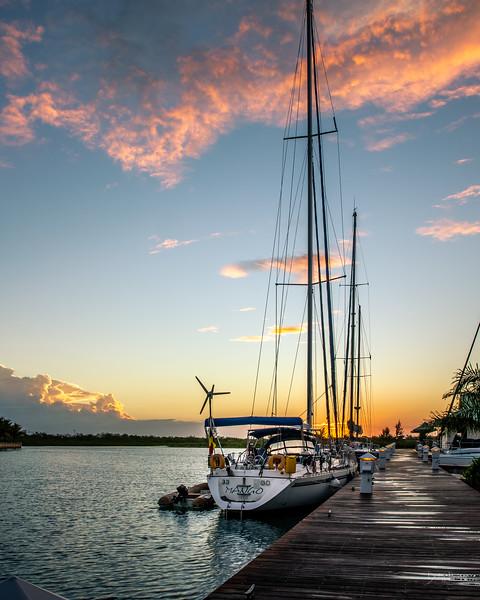 marina sunrise 7.jpg