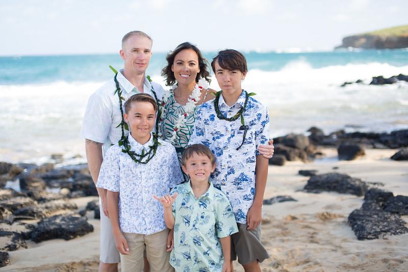 gillin beach kauai wedding-173.jpg