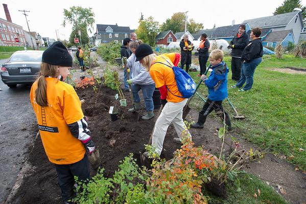 10/18/14 Buffalo State Community Service Day