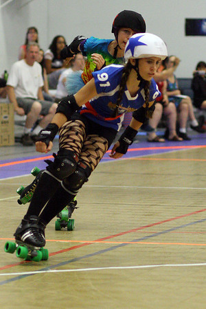 Hot Summer Fights - Roller Derby