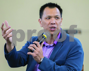 former-dallas-cowboy-texas-aggie-dat-nguyen-speaks-at-united-way-campaign-kickoff