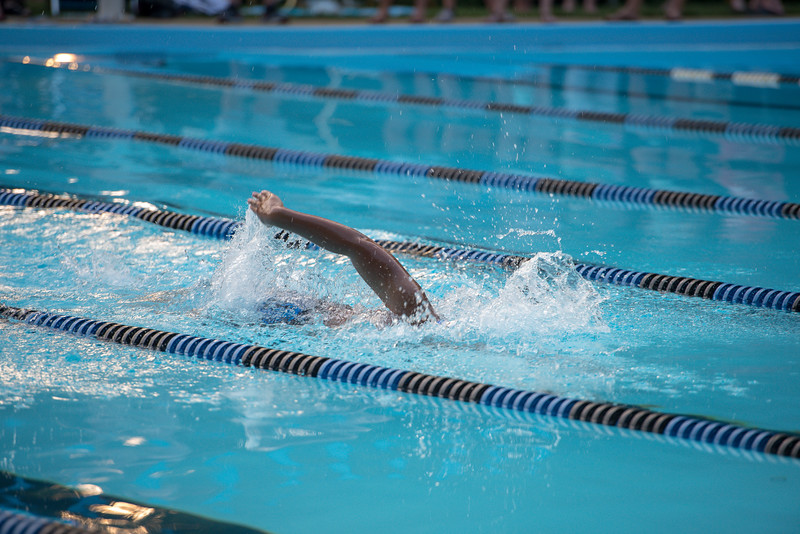 lcs_swimming_kevkramerphoto-885.jpg