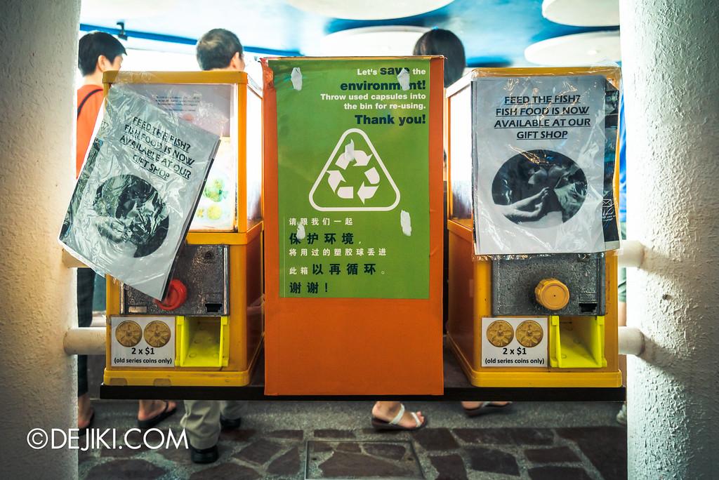Underwater World Singapore - Abandoned vending
