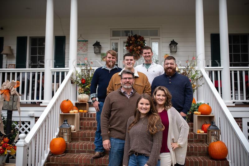2019 November Ellis Family-161-190.jpg