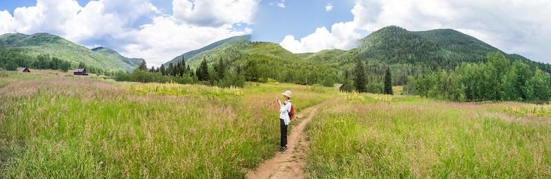 Aspen-Hunter_Trail_Hike-pano-01.jpg