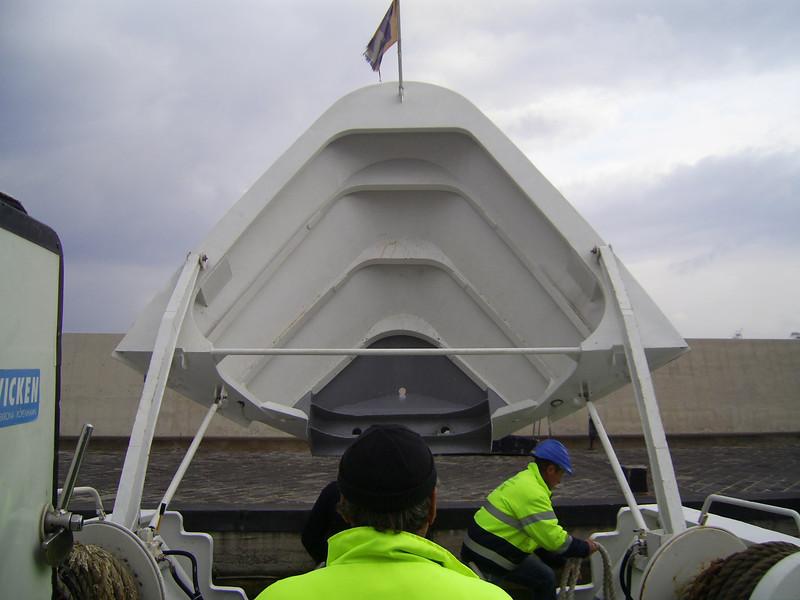 2009 - ISCHIA JET in Sorrento, mooring by bow.