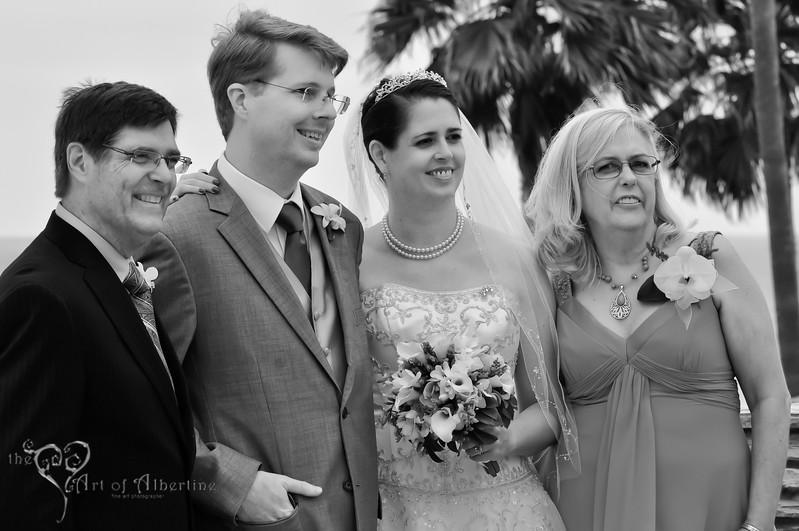 Wedding - Laura and Sean - D90-1300.jpg