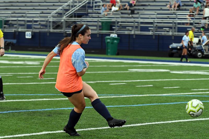 girls_soccer_2271.jpg