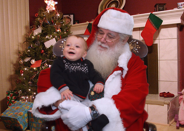 Pictures with Santa 2