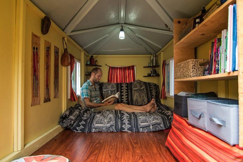 sleep-for-free-tiny-house-inside.jpg