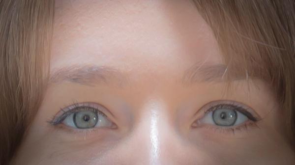 Kim eyes-9989.jpg