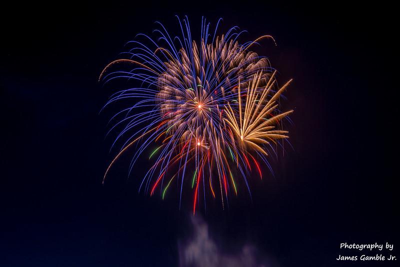 Fourth-of-July-Fireworks-2016-0361.jpg