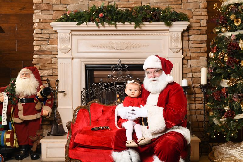 Santa2018.TylerBoye.-217.jpg