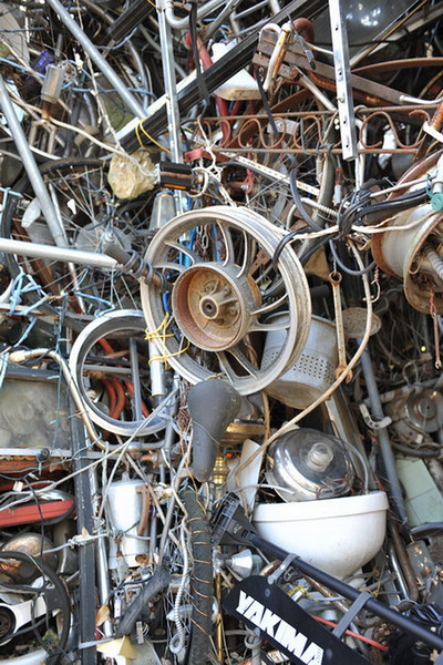 Cathedral of Junk 17.jpg