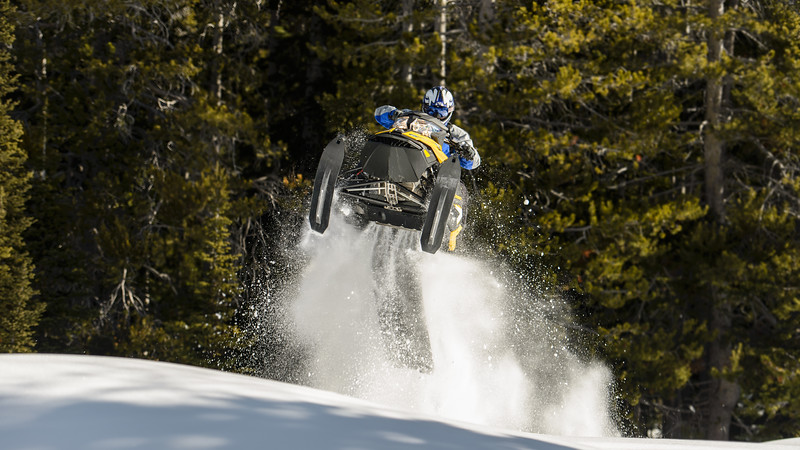 Kaden Bingham - snowmobiling-221.jpg