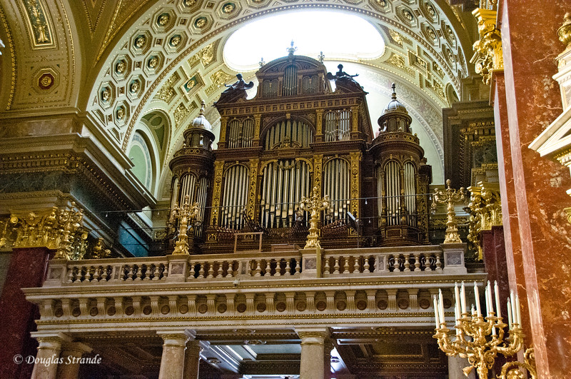 Pipe organ at St. Stephen's Cathedral, Budapest