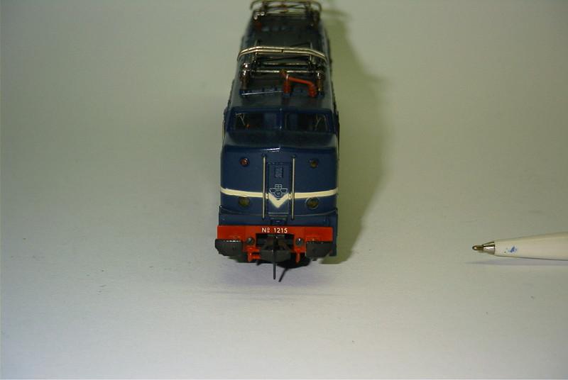 FL 1390 ns 1215 voor.JPG