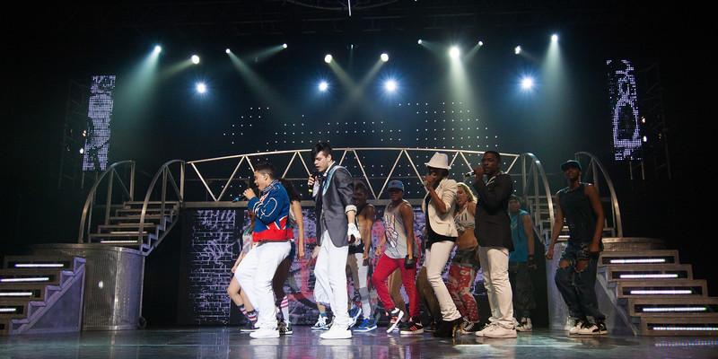 051 - JV - Thriller Live - 50D - _MG_9032.jpg