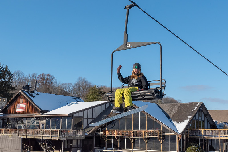 Opening-Day_12-7-18_Snow-Trails-70685.jpg