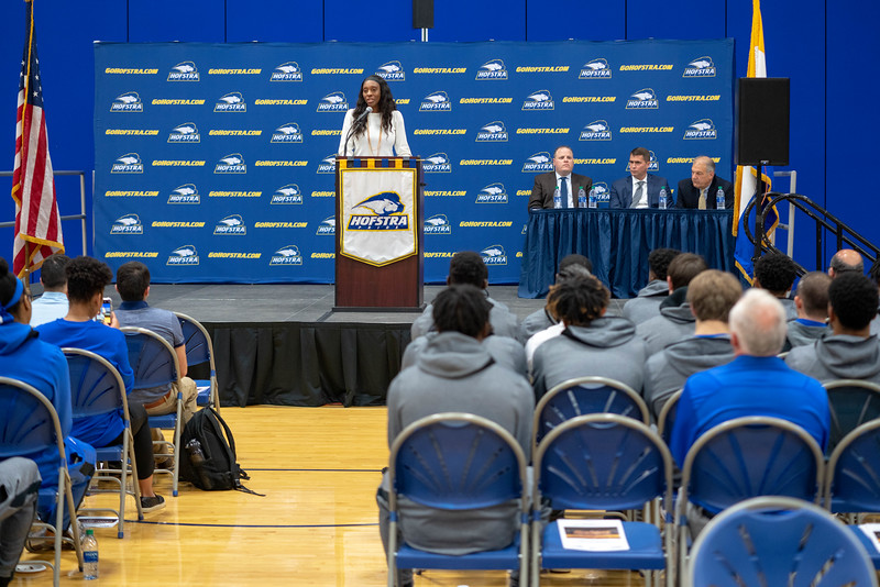 20191023_Hofstra_Basketball_Media_Day_060.jpg
