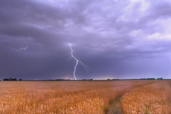 062513 Lightning an Lighting Bugs