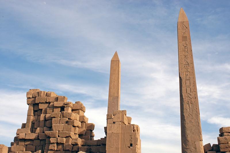 Karnak Temple 01.08.06 0016.jpg