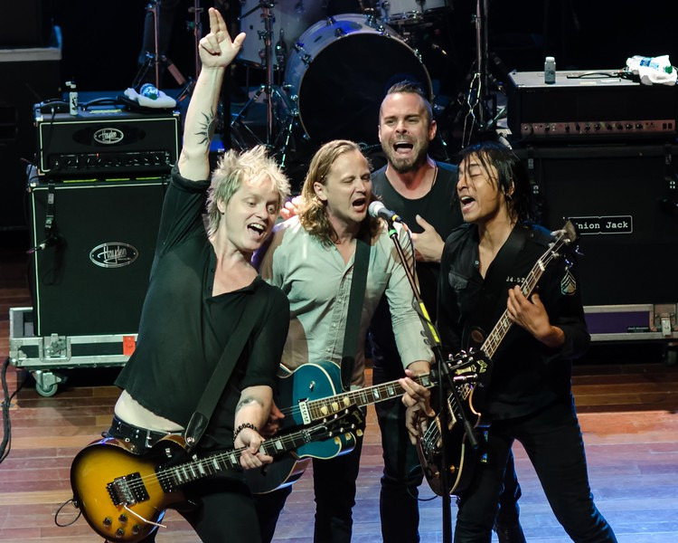 THE SUMMERLAND TOUR IN ATLANTIC CITY-NATIONAL ROCK REVIEW