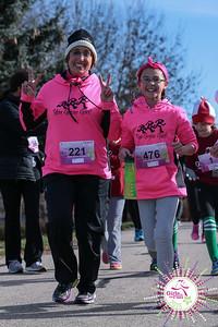 Community (Bibbed) Runners