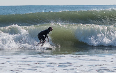Andrew May surfing Avalon Nov 2017