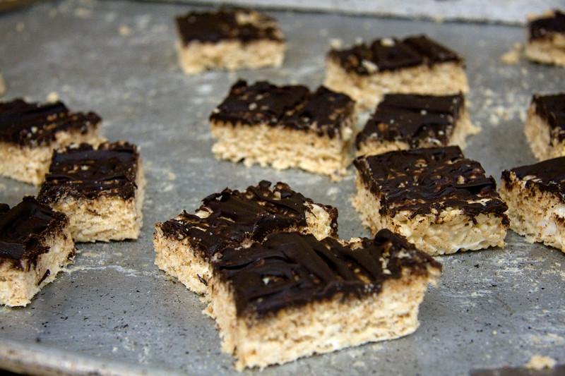 chocolate-squares_3590338023_o.jpg