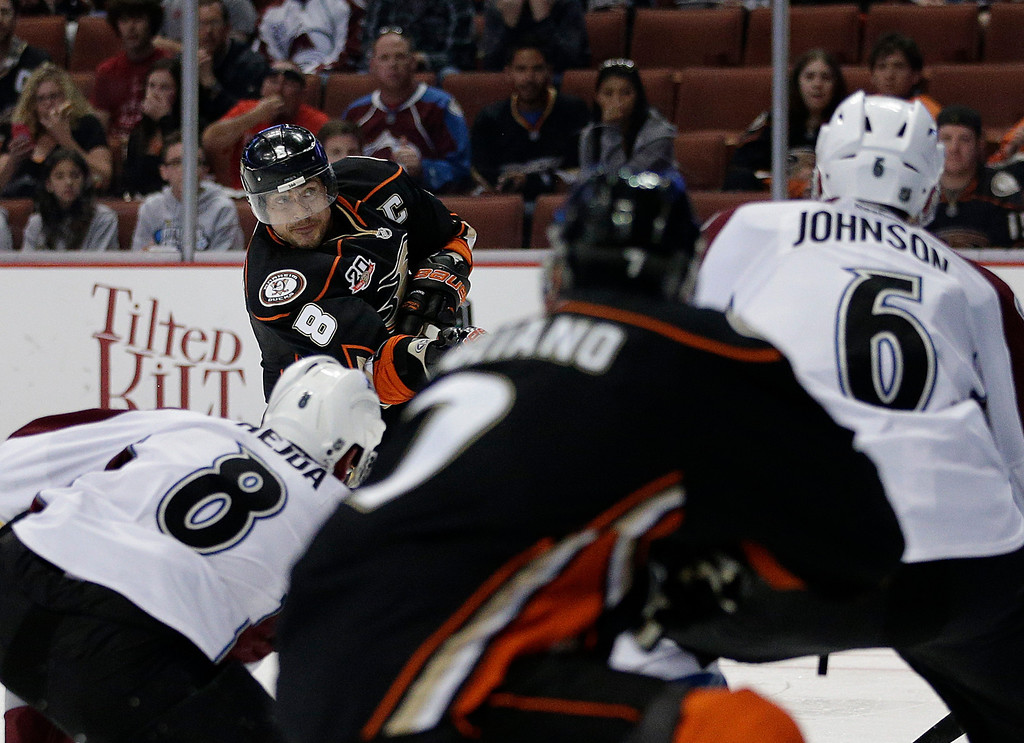 . Anaheim Ducks\' Teemu Selanne(8), of Finland, shoots during the second period of an NHL hockey game against the Colorado Avalanche on Sunday, April 13, 2014, in Anaheim, Calif. (AP Photo/Jae C. Hong)