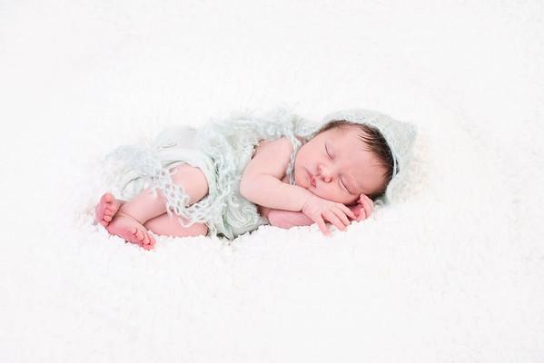Riley Newborn 2020