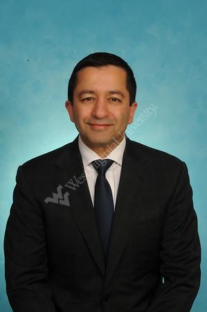 32885 Dr. Vinay Badhwar HVI Medicine Portrait Nov 2016