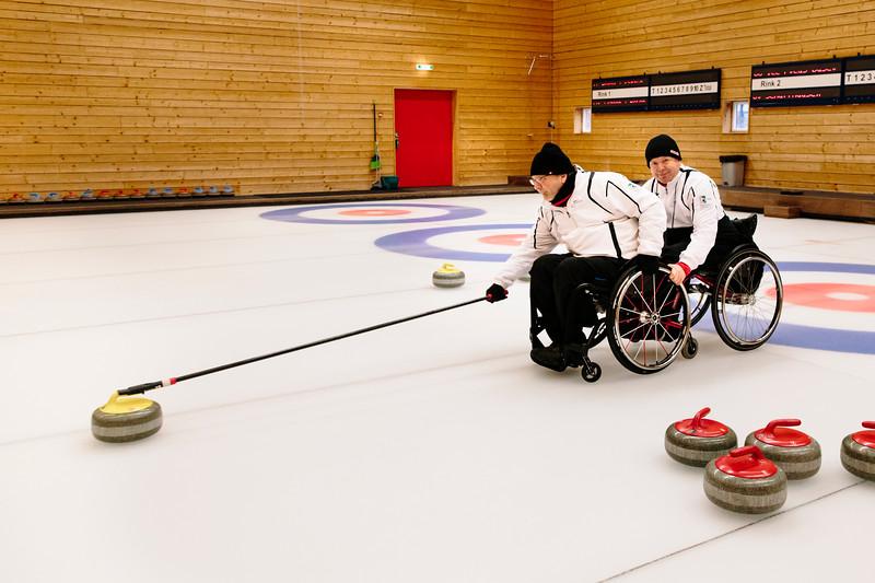 ParalympicsCurlingteamLuzernJan18-30.jpg