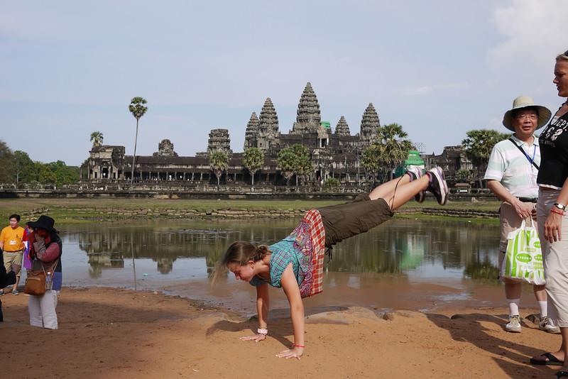 Angkor Wat Tour, Cambodia (392).JPG