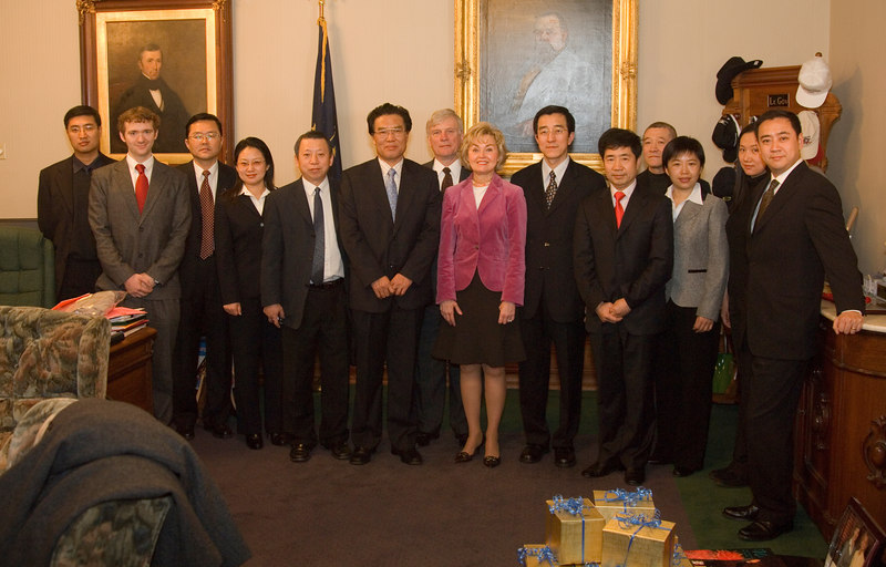 2007_china_delegation_statehouse_tour_lt_gov_0241.JPG