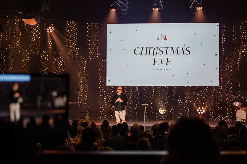 2019_12_24_Hollywood_ChristmasEve_8PM_FR-183.jpg