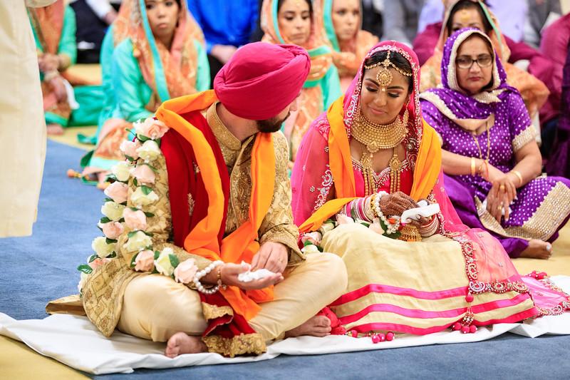 Neelam_and_Matt_Gurdwara_Wedding-1471.jpg