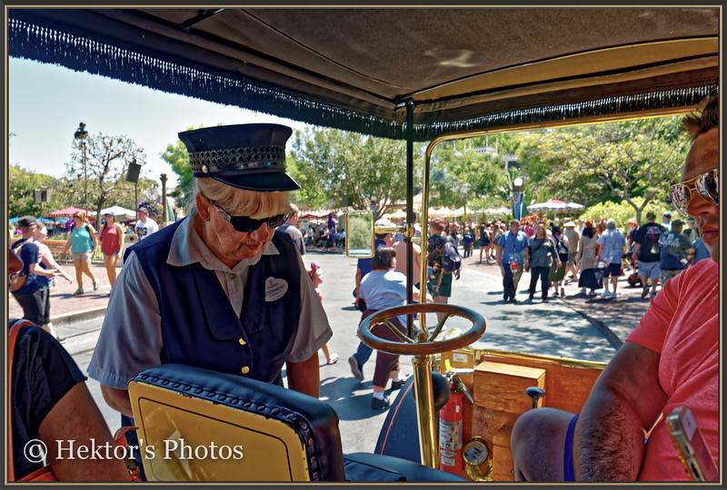 Disneyland Leica Q-27.jpg