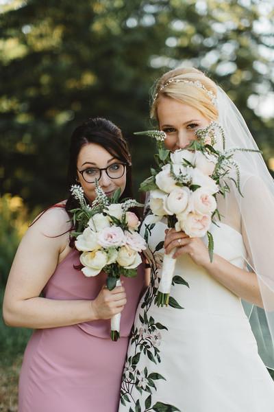 WeddingParty_039.jpg